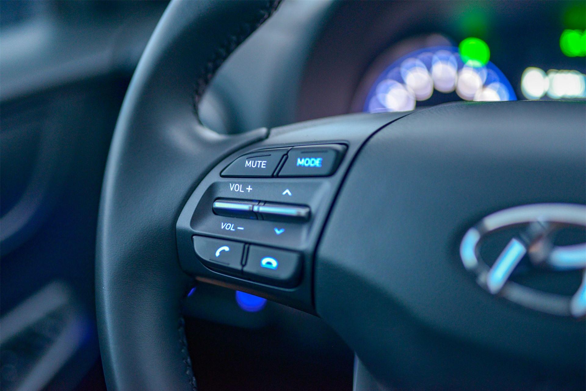 Vô lăng xe Hyundai Kona 2.0