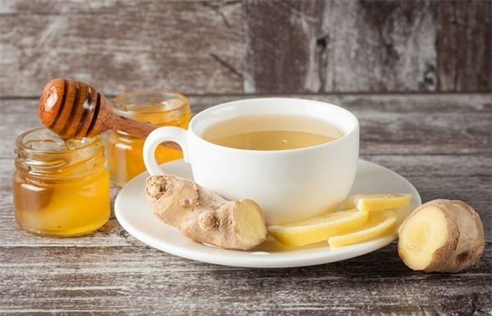 Nước mật ong uống vào buổi sáng tốt cho sức khỏe