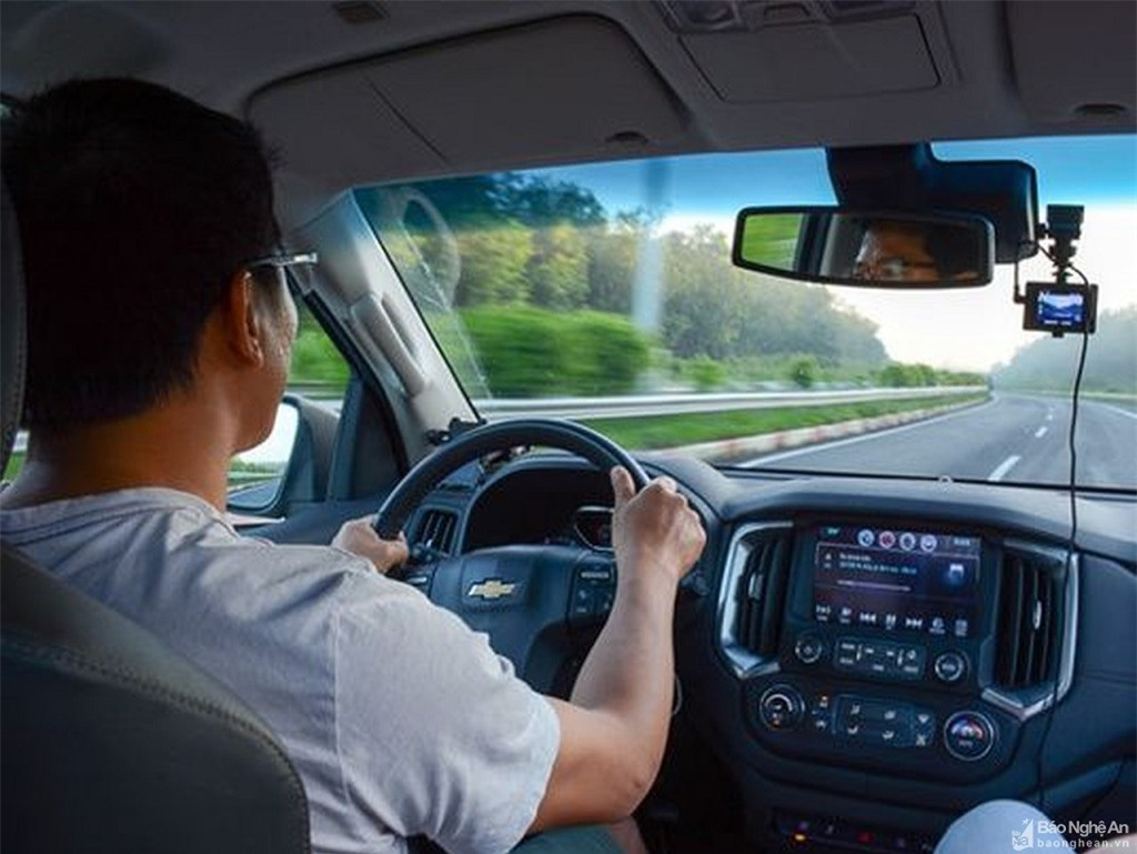 mở rộng tầm nhìn khi lái xe