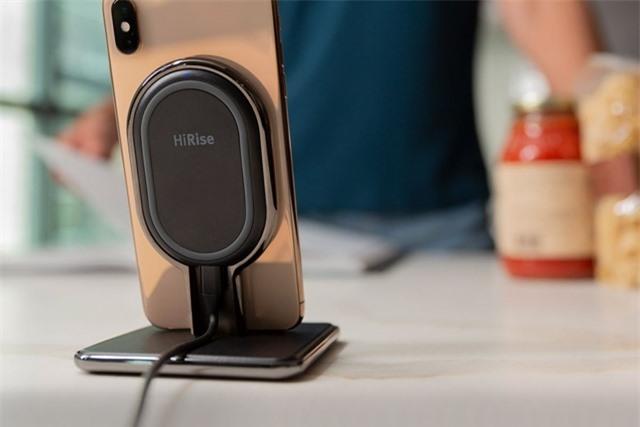 Tìm hiểu về sạc không dây cho smartphone, nó có tốt hơn sạc có dây hay không? - Ảnh 1.