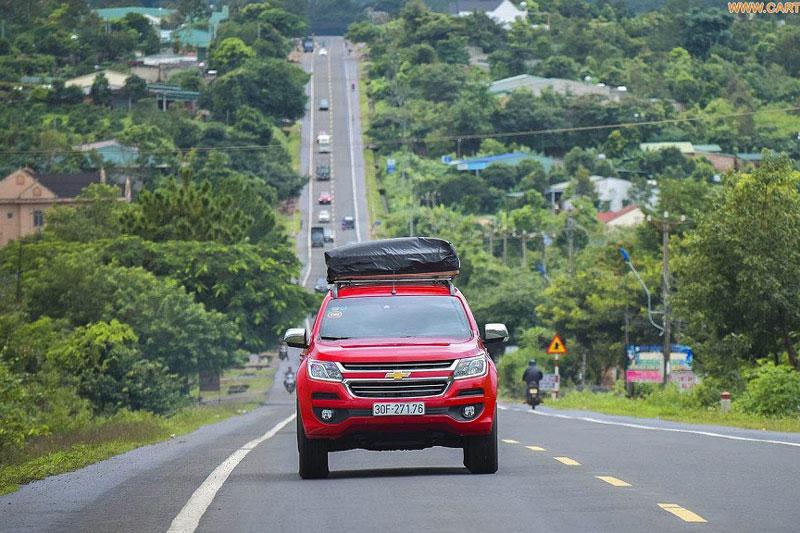 Quy tắc quan trọng khi lái xe ô tô ở tốc độ cao