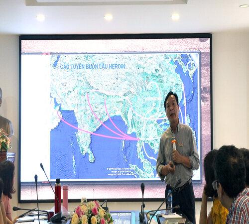 Bác sỹ - Đại tá Tạ Đức Ninh - Phó Viện trưởng PSD tham gia giảng dạy tại buổi tập huấn