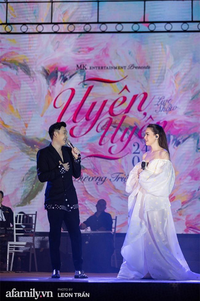 Hồ Ngọc Hà diện váy trễ nãi, thăng hoa cùng Dương Triệu Vũ, ghi dấu ấn với loạt hit đình đám - Ảnh 8.
