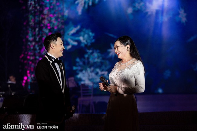 Hồ Ngọc Hà diện váy trễ nãi, thăng hoa cùng Dương Triệu Vũ, ghi dấu ấn với loạt hit đình đám - Ảnh 11.