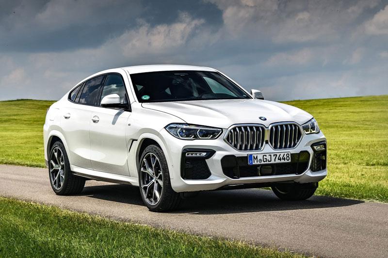 10. BMW X6 2021 (giá khởi điểm: 108.600 USD).