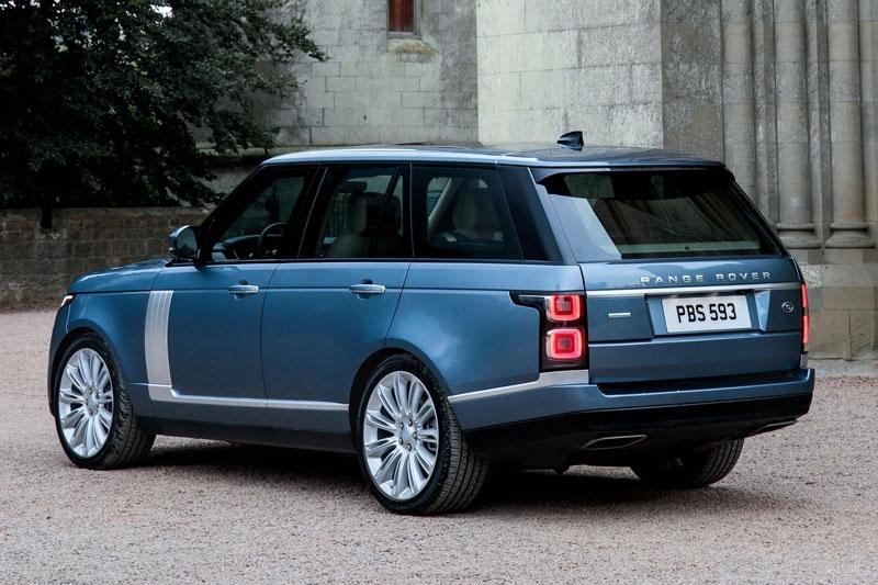 4. Land Rover Range Rover 2021 (giá khởi điểm: 214.000 USD).