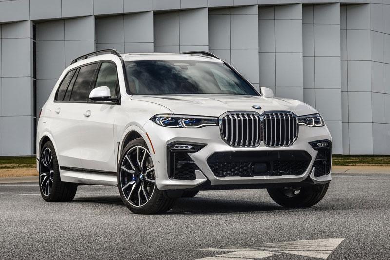 7. BMW X7 2021 (giá khởi điểm: 141.300 USD).
