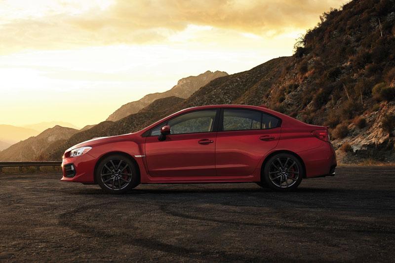 7. Subaru WRX (mức độ mất giá trung bình sau 5 năm: 39,8%).