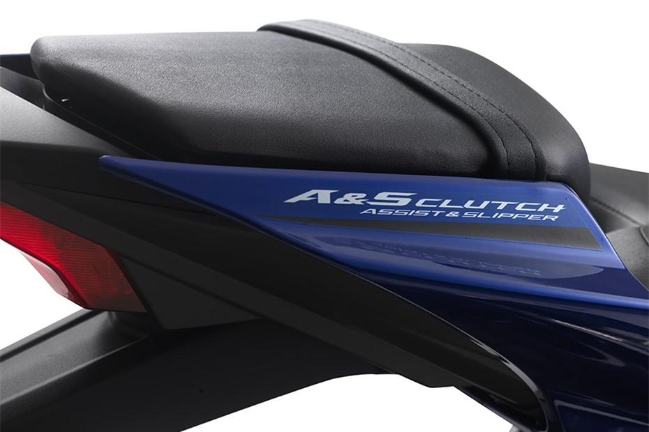 Yamaha YZF-R15 2021 duoc ra mat tai Malaysia anh 3