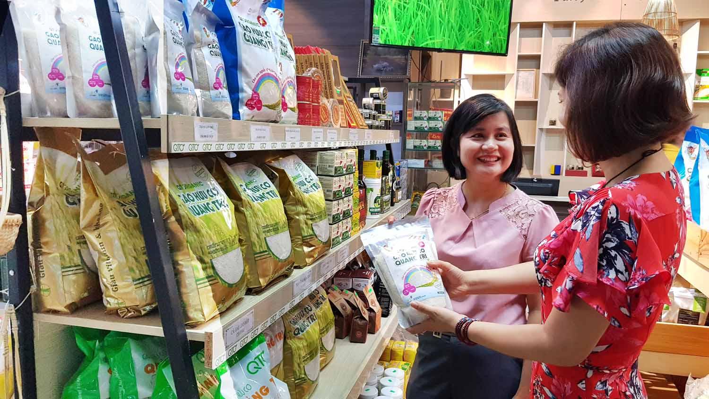 Gạo hữu cơ Quảng Trị đã lên kệ ở các siêu thị lớn trong và ngoài nước