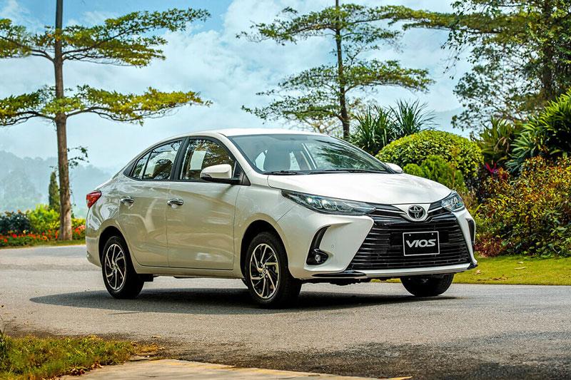 Toyota Vios bị Hyundai Accent