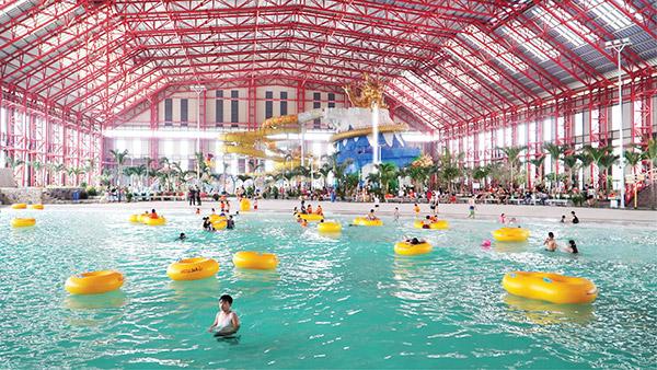 """Tổ hợp """"Công viên nước bốn mùa Mikazuki Water Park 365"""""""