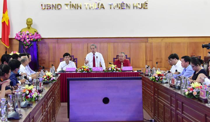 Chủ tịch UBND tỉnh Thừa Thiên Huế Phan Ngọc Thọ phát biểu tại buổi thảo luận.