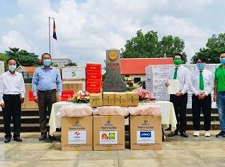 Tập đoàn Mai Linh hỗ trợ lương thực và thiết bị y tế cho kiều bào Campuchia