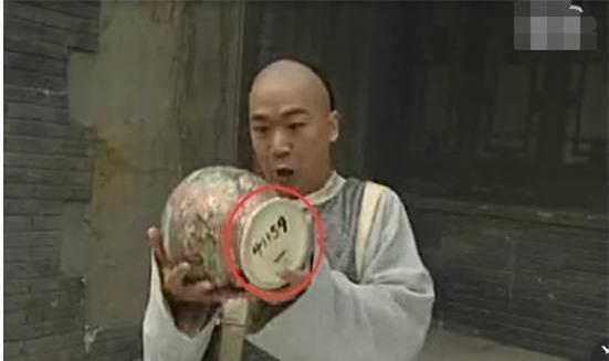 18 lỗi sai cực vô duyên trong phim Hoa ngữ nhưng chưa chắc bạn đã nhận ra 13