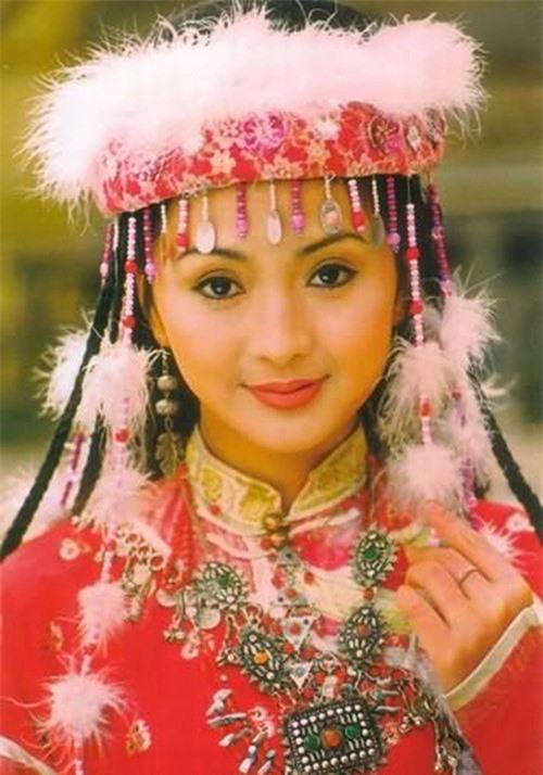 Các nàng công chúa màn ảnh Hoa ngữ: Lưu Diệc Phi đẹp mong manh, Trịnh Sảng bị dìm 3