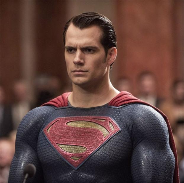 Nhan sắc 16 sao Hollywood trước khi trở thành 'siêu anh hùng' nổi tiếng thế giới 28