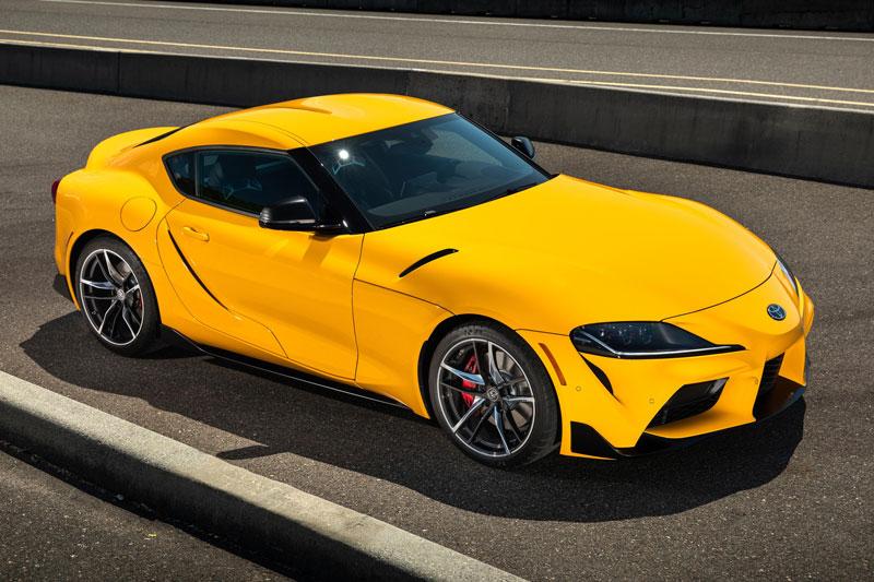 =1. Toyota Supra (thời gian tăng tốc từ 0-96 km/h: 3,9 giây, giá khởi điểm: 49.990 USD).