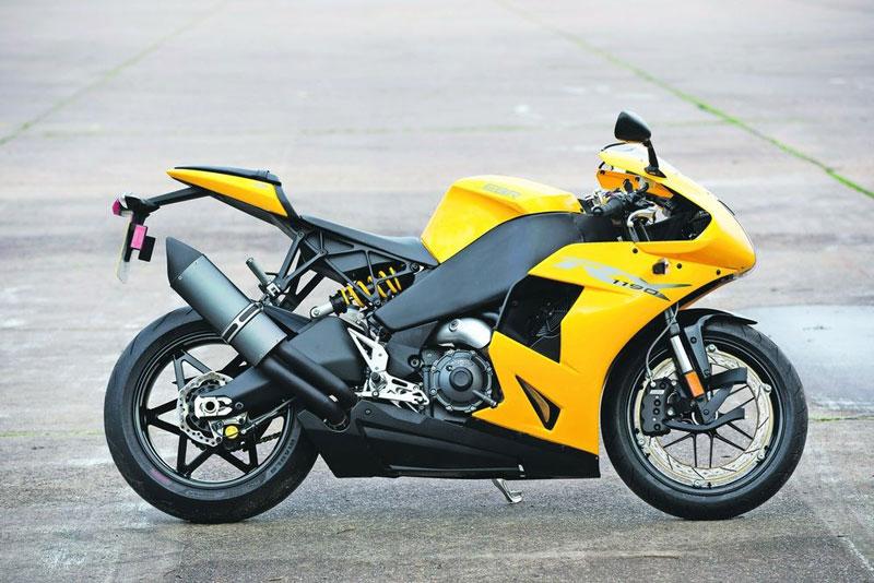 4. EBR 1190RX 2014 (thời gian tăng tốc từ 0-96 km/h: 2,6 giây).