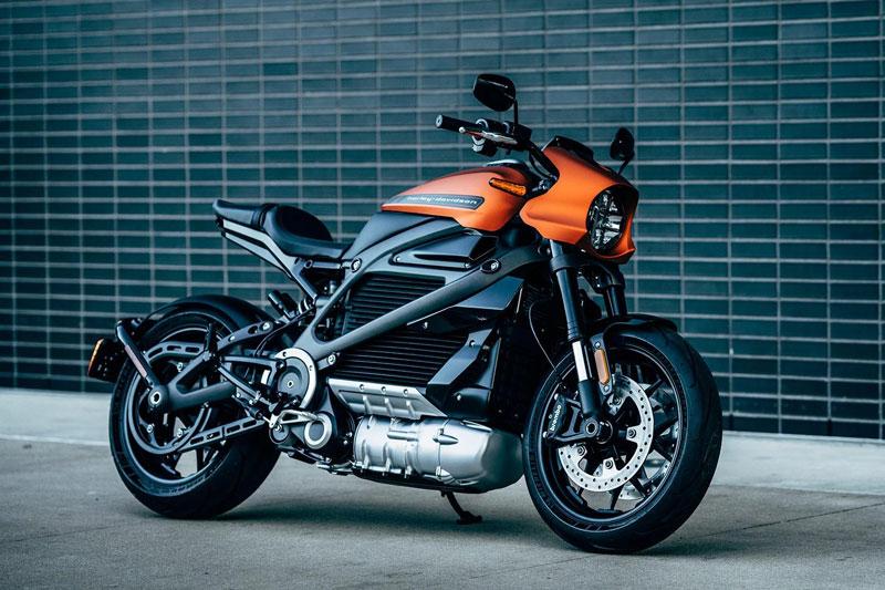 5. Harley-Davidson LiveWire 2019 (thời gian tăng tốc từ 0-96 km/h: 3 giây).