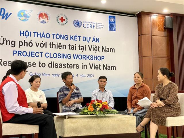 Hỗ trợ hơn 26.000 người nghèo và cận nghèo bị ảnh hưởng bởi bão lũ miền Trung - Ảnh 3.