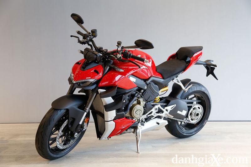 7. Ducati Streetfighter V4.