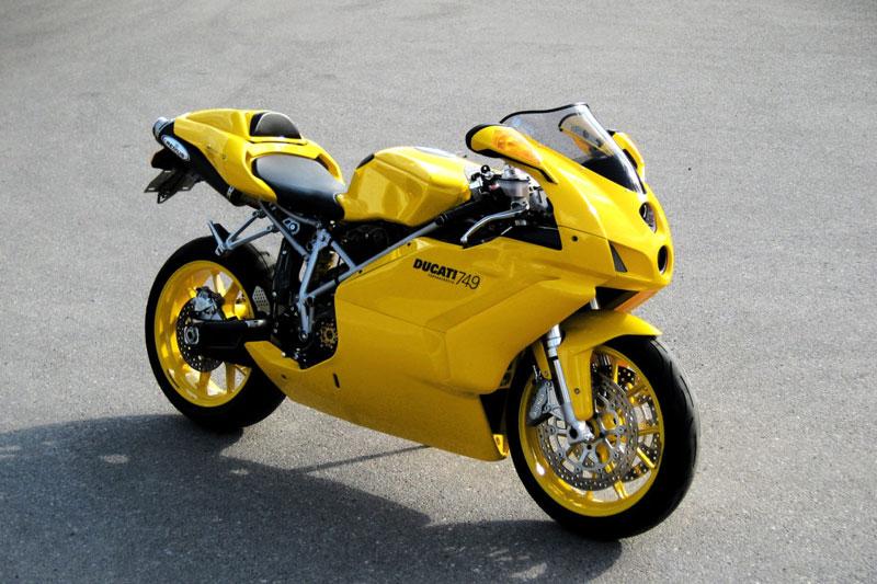 8. Ducati 749.