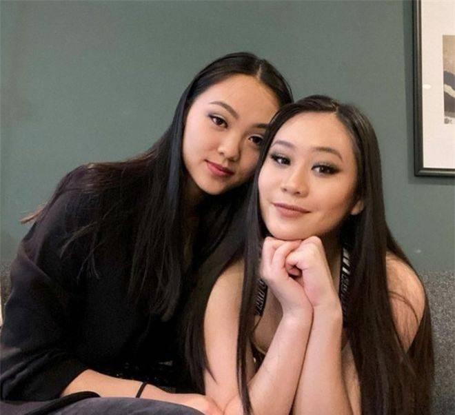 Hai con gái của Lý Liên Kiệt với vợ hoa hậu: Chị nền nã, em 'bốc lửa' ảnh 2