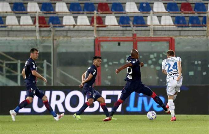 Bàn thắng mở tỷ số của Eriksen giúp Inter dễ đá hơn rất nhiều trước Crotone