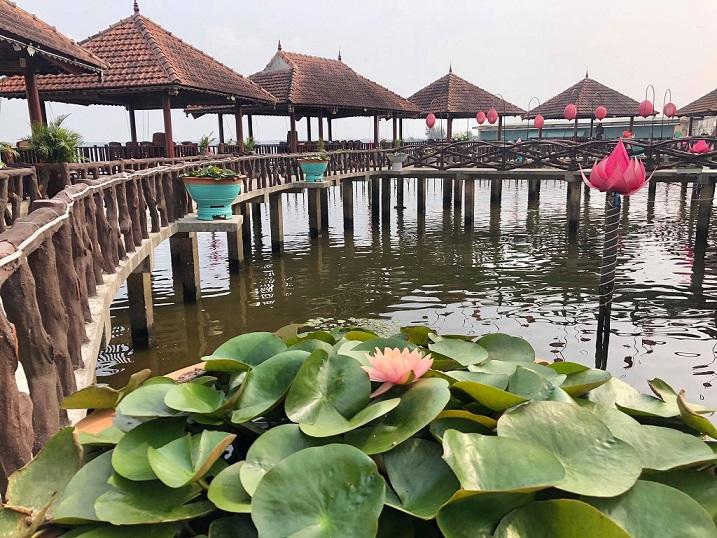 Nhà hàng Cồn Tộc- Tam Giang