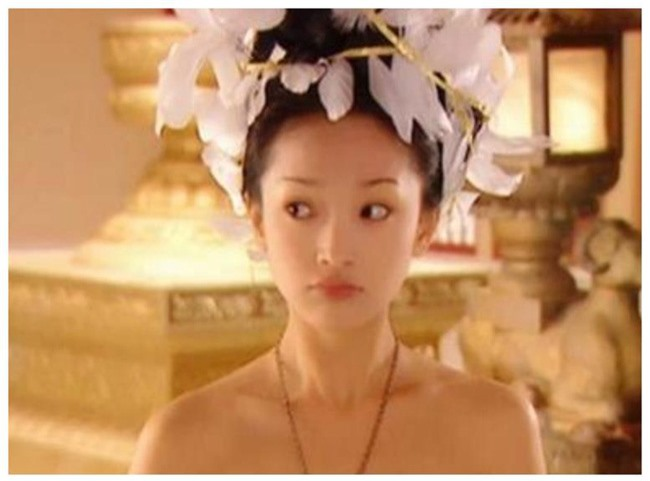 Dương Tử - Triệu Lệ Dĩnh 30 tuổi vẫn đóng vai thiếu nữ ngốc, mặt thì rất xinh nhưng không thể vượt qua cô gái này - Ảnh 6.