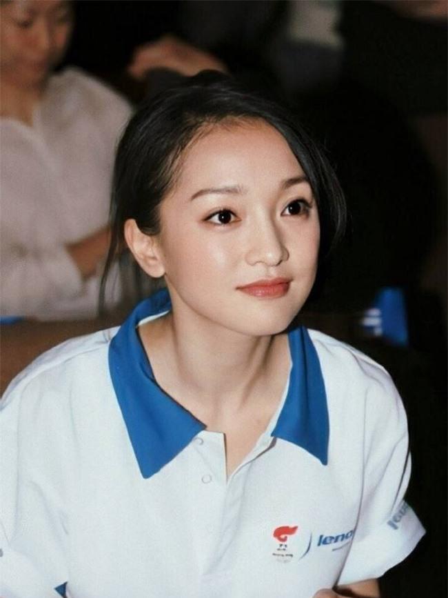 Dương Tử - Triệu Lệ Dĩnh 30 tuổi vẫn đóng vai thiếu nữ ngốc, mặt thì rất xinh nhưng không thể vượt qua cô gái này - Ảnh 7.