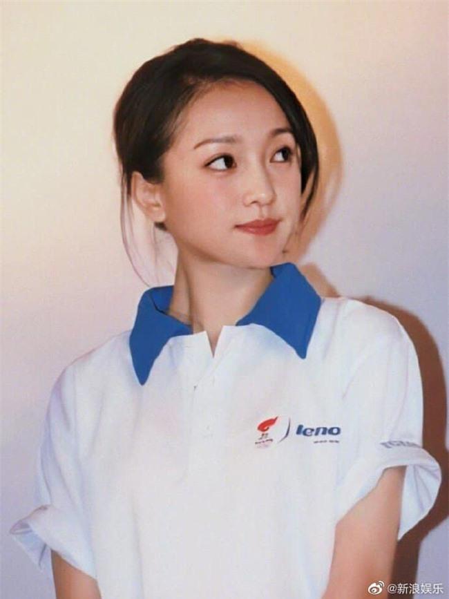 Dương Tử - Triệu Lệ Dĩnh 30 tuổi vẫn đóng vai thiếu nữ ngốc, mặt thì rất xinh nhưng không thể vượt qua cô gái này - Ảnh 8.