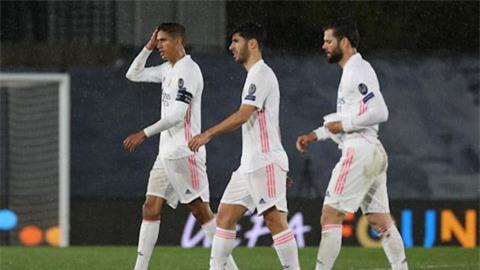 Hàng thủ Real Madrid 'lâm bệnh'