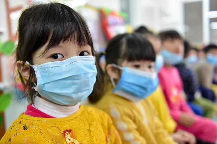 Hà Nội cho học sinh tạm dừng đến trường từ ngày 4/5 đến khi có quyết định mới.