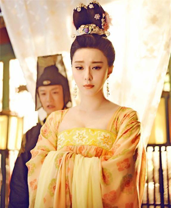 9 hoàng y mỹ nhân đẹp nhất phim cổ trang: Lưu Thi Thi như tiên tử nhưng vẫn thua 1 cái tên 10