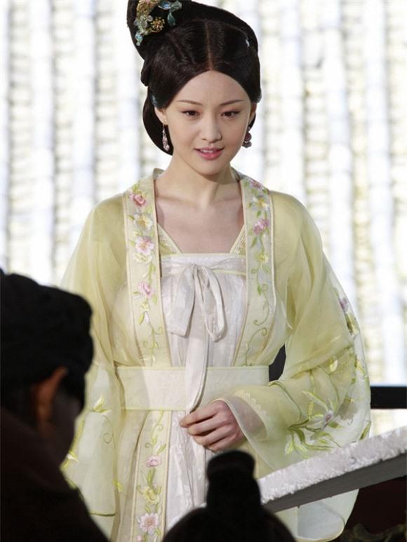 9 hoàng y mỹ nhân đẹp nhất phim cổ trang: Lưu Thi Thi như tiên tử nhưng vẫn thua 1 cái tên 3