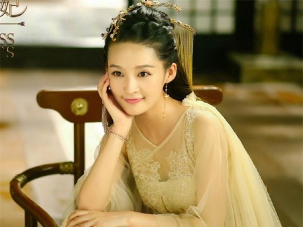 9 hoàng y mỹ nhân đẹp nhất phim cổ trang: Lưu Thi Thi như tiên tử nhưng vẫn thua 1 cái tên 9