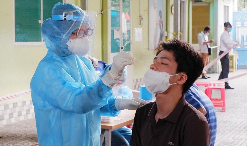 Lực lượng chức năng đang nỗ lực truy vết, điều tra dịch tễ trường hợp nghi nhiễm COVID-19 vừa phát hiện tại TP. Long Khánh.