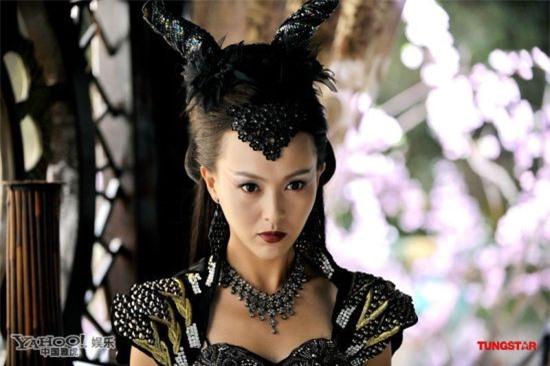 Mỹ nhân Hoa ngữ vào vai nữ ma đầu: Triệu Lệ Dĩnh đẹp ma mị, 'Thánh cô' là tường thành 6