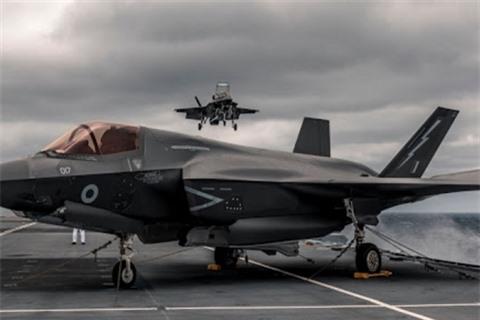 Anh de doa tan cong Syria bang tiem kich tang hinh F-35B
