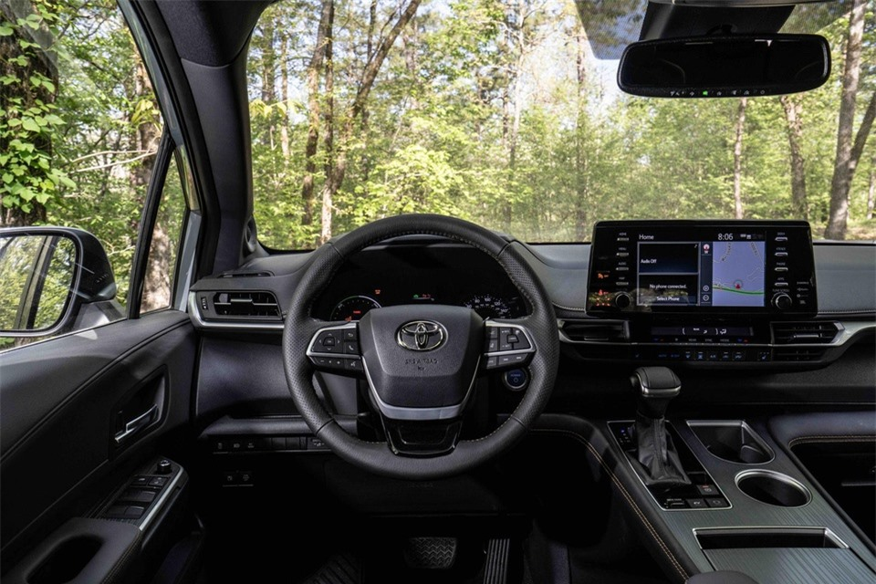 Toyota Sienna Woodland Special Edition ra mat anh 13