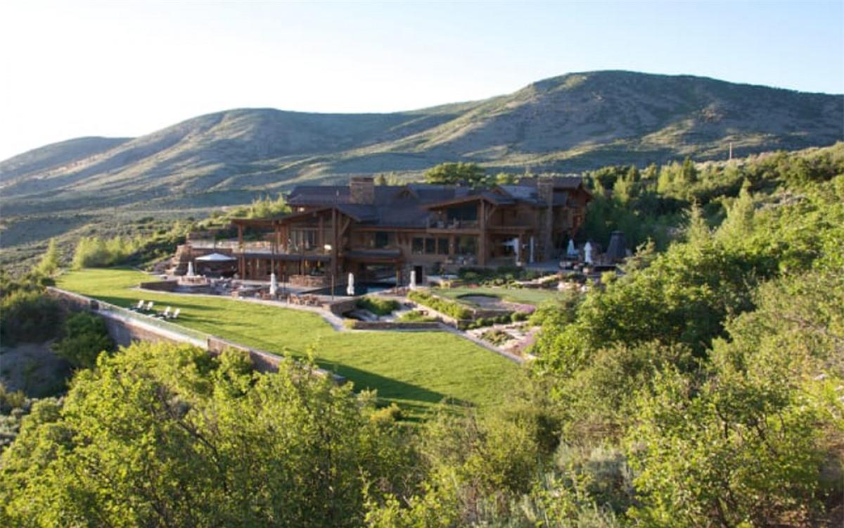Đây là một trong những ngôi nhà đắt nhất tại khu trượt tuyết nổi tiếng của Mỹ.