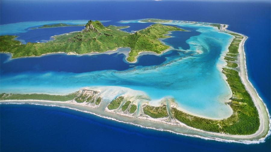 Đảo Maui nhìn từ xa giống như một con rùa