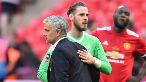 Mourinho muốn mua De Gea để nâng cấp Roma