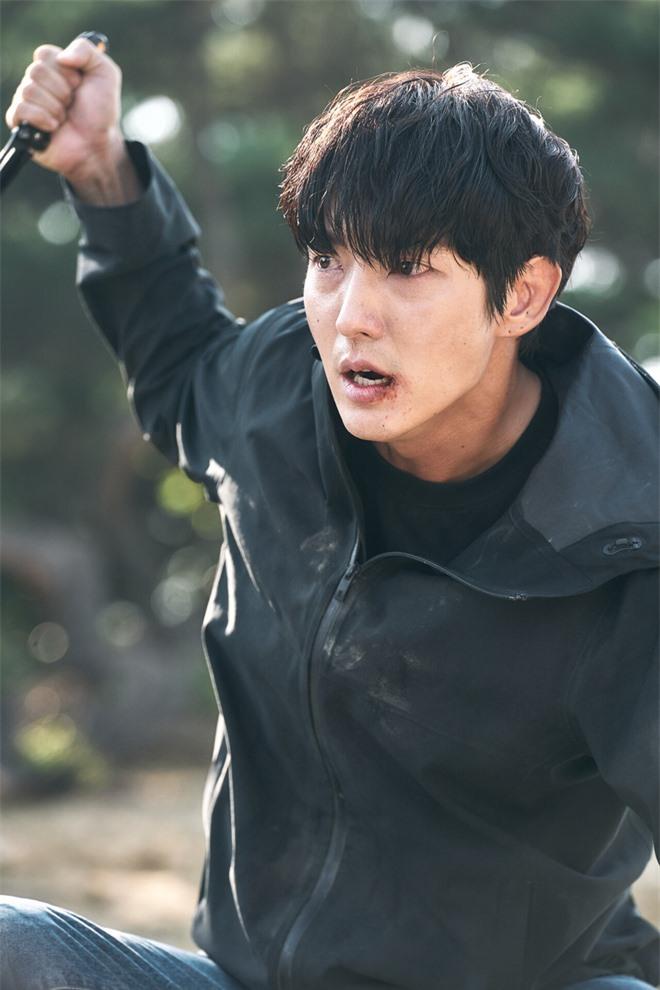Rộ tin tứ ca Lee Jun Ki chốt kèo Penthouse 3, còn vào vai em trai cưng của ác ma nghe mà hóng! - Ảnh 3.