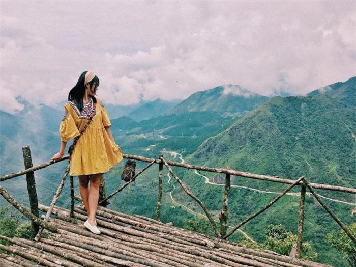 Vẻ đẹp hùng vĩ của đèo Ô Quy Hồ. Nguồn ảnh: Internet
