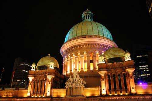 Tòa nhà Nữ hoàng Victoria - Trung tâm mua sắm sầm uất bậc nhất thế giới