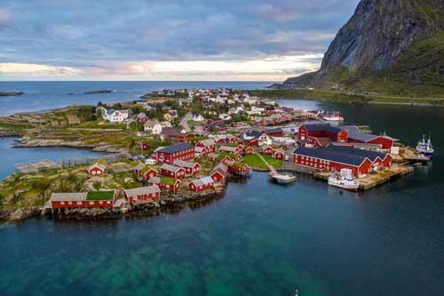 Những ngôi làng thanh bình và xinh đẹp khiến bạn chỉ muốn sống ở đó cả đời