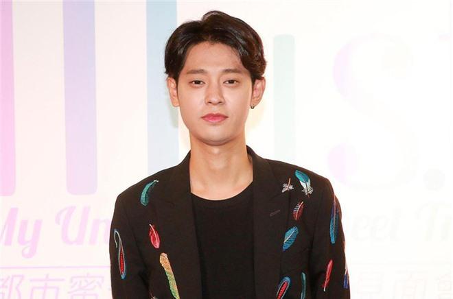 Từng rút đơn kiện, nhưng nay bạn gái cũ của Jung Joon Young đệ cả đơn lên Nhà Xanh, tố cáo bị nam ca sĩ quay lén - Ảnh 3.